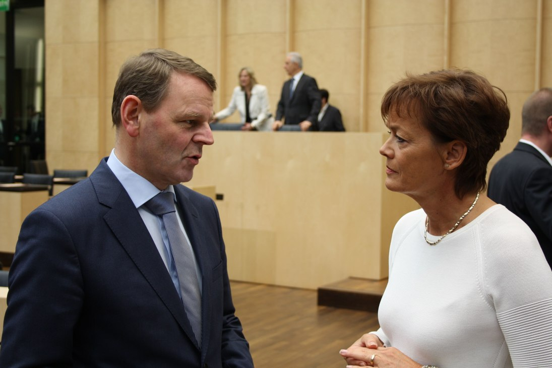 Staatsminister Dr. Jaeckel, Ministerin Puttrich